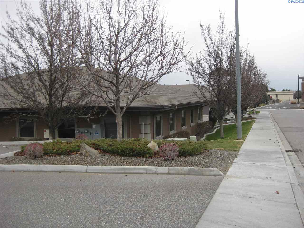 Additional photo for property listing at 8904 W Tucannon Ave 8904 W Tucannon Ave Kennewick, Washington 99336 United States