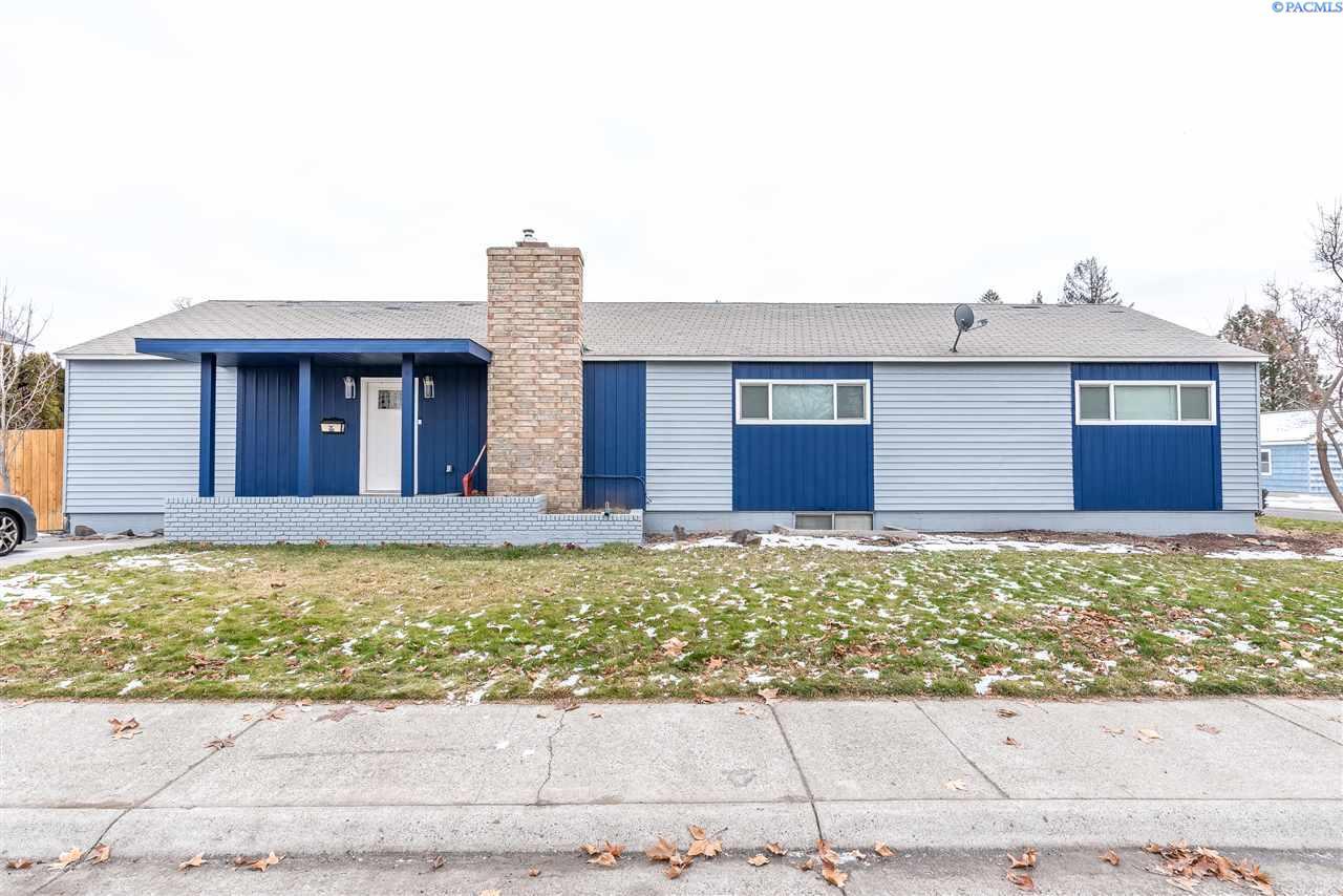 Single Family Home for Sale at 1434 Thayer 1434 Thayer Richland, Washington 99354 United States