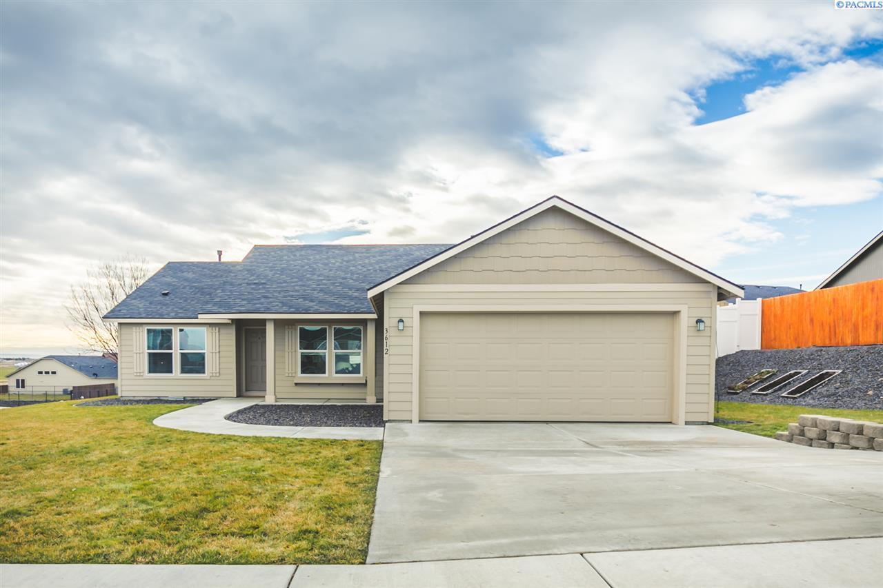 Single Family Home for Sale at 3612 Artesia Drive 3612 Artesia Drive Pasco, Washington 99301 United States