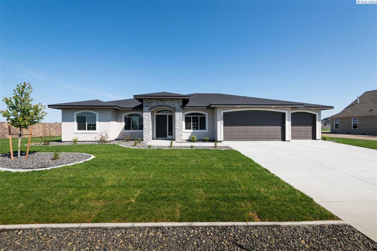 Single Family Home for Sale at 12315 Rock Creek Drive 12315 Rock Creek Drive Pasco, Washington 99301 United States