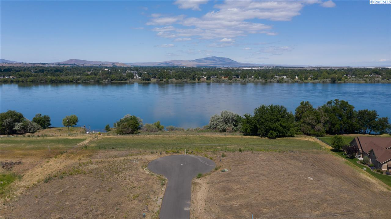 Land for Sale at 12817 Helens Place Pasco, Washington 99301 United States