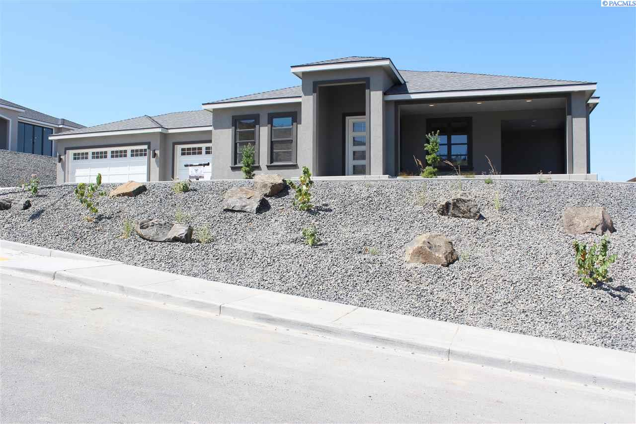 Single Family Home for Sale at 1419 Meadow Hills Drive 1419 Meadow Hills Drive Richland, Washington 99352 United States