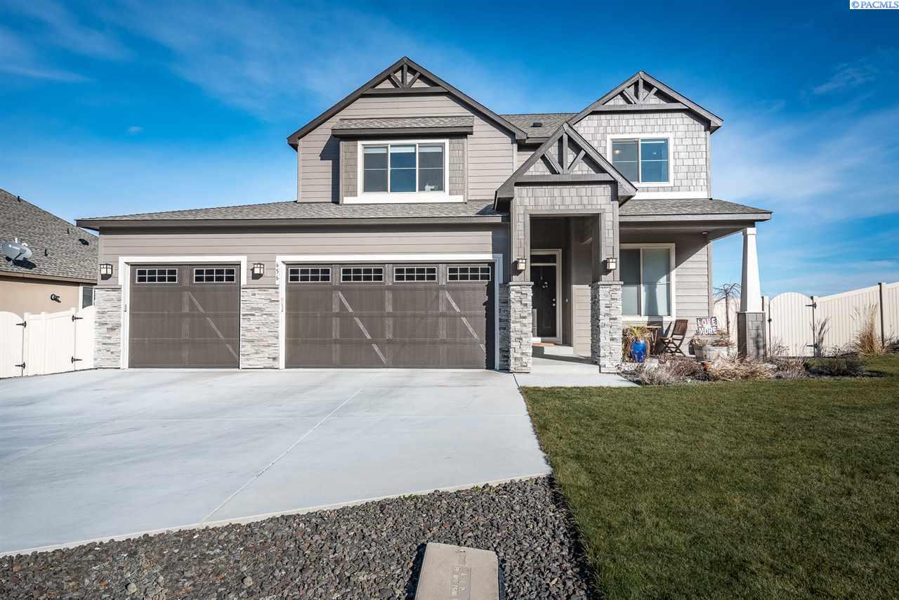 Single Family Home for Sale at 656 Melissa Street 656 Melissa Street Richland, Washington 99352 United States