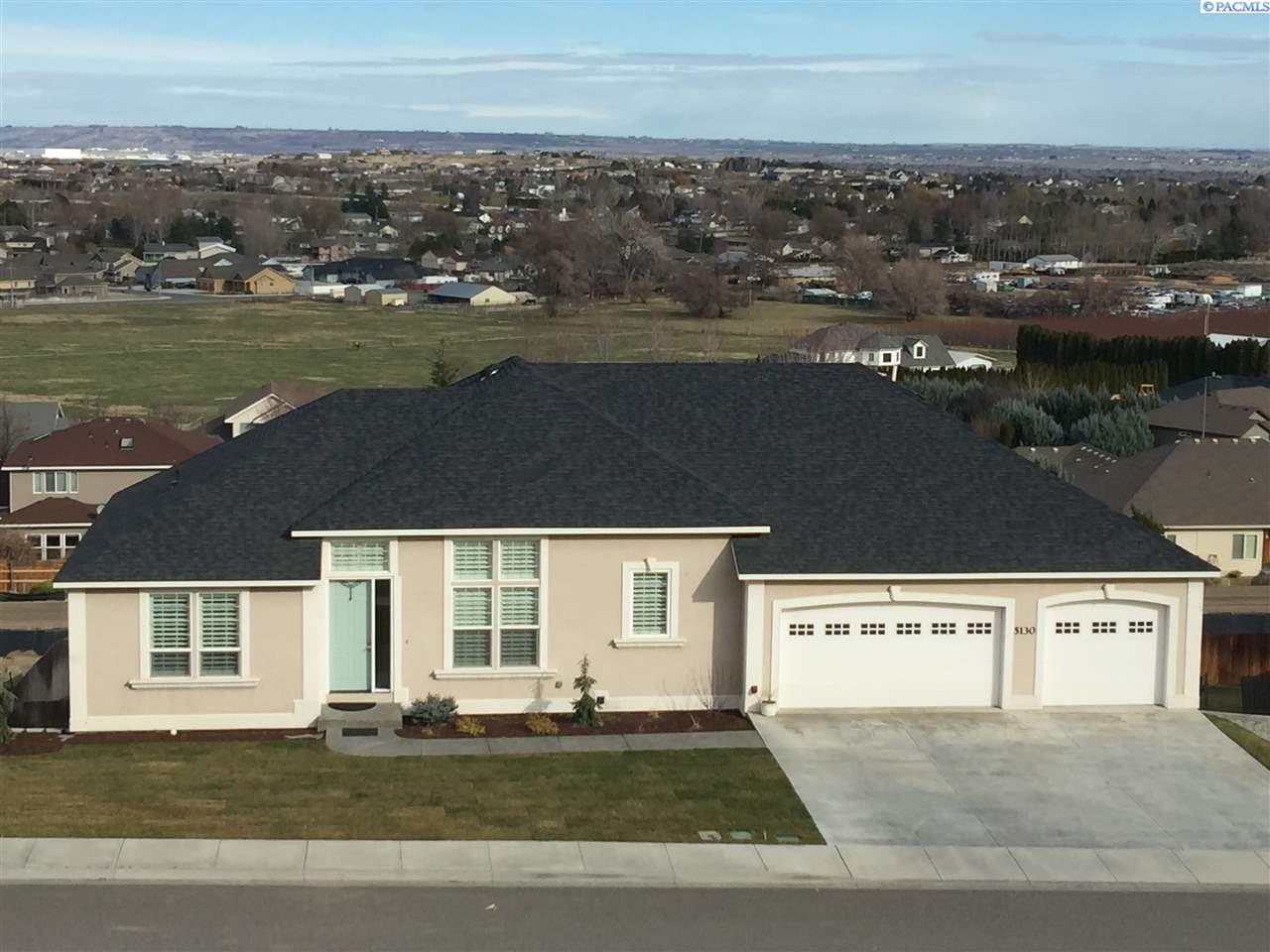 Single Family Home for Sale at 5130 Hershey Lane 5130 Hershey Lane West Richland, Washington 99353 United States