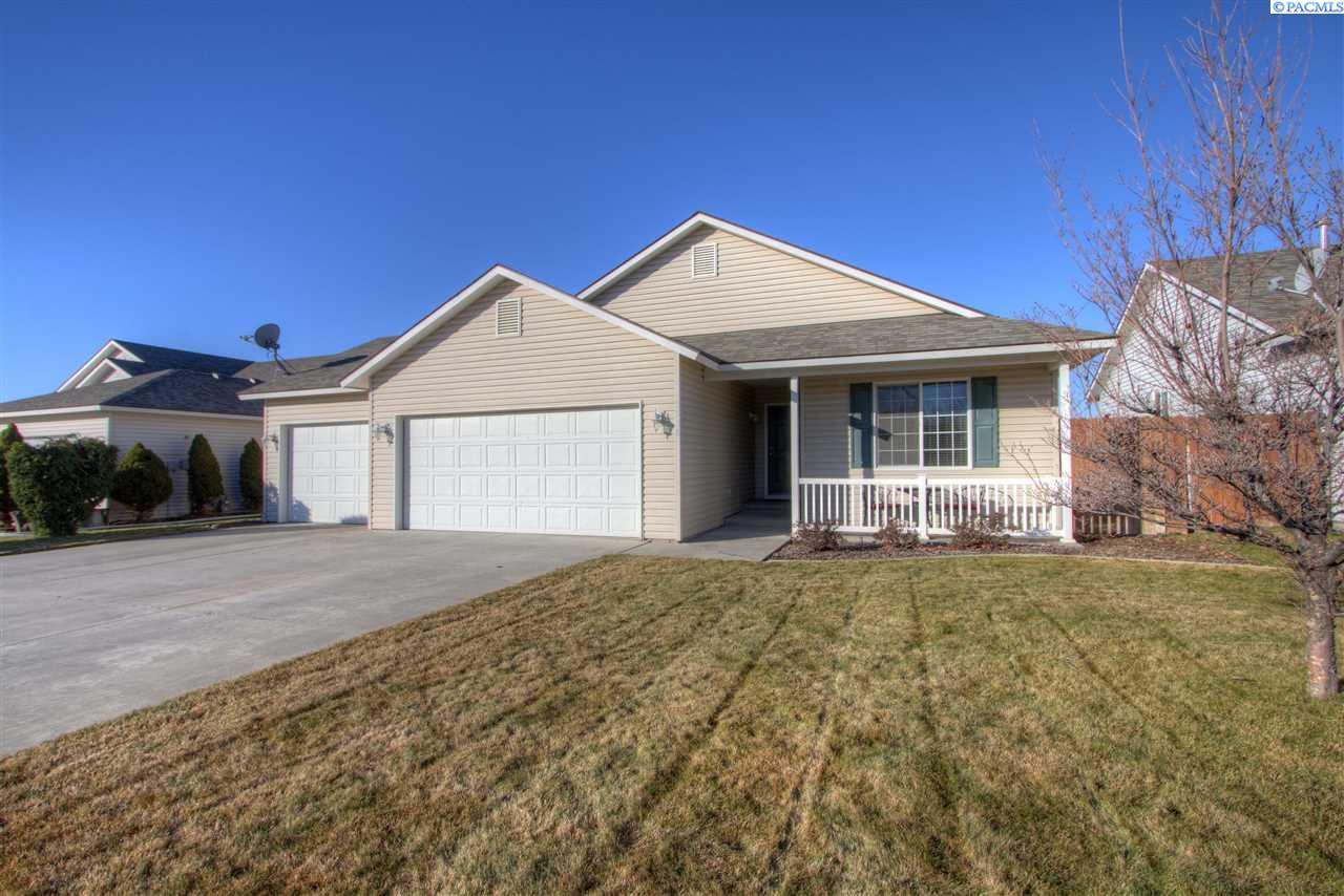 Single Family Home for Sale at 5508 Westminster Lane 5508 Westminster Lane Pasco, Washington 99301 United States