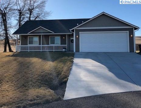 Single Family Home for Sale at 604 Palouse Ct 604 Palouse Ct Uniontown, Washington 99175 United States