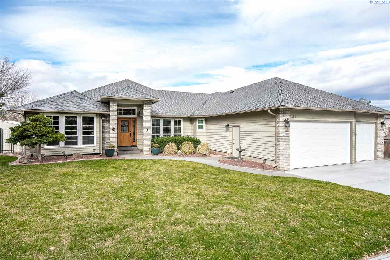 Single Family Home for Sale at 1155 Bridle Drive 1155 Bridle Drive Richland, Washington 99352 United States