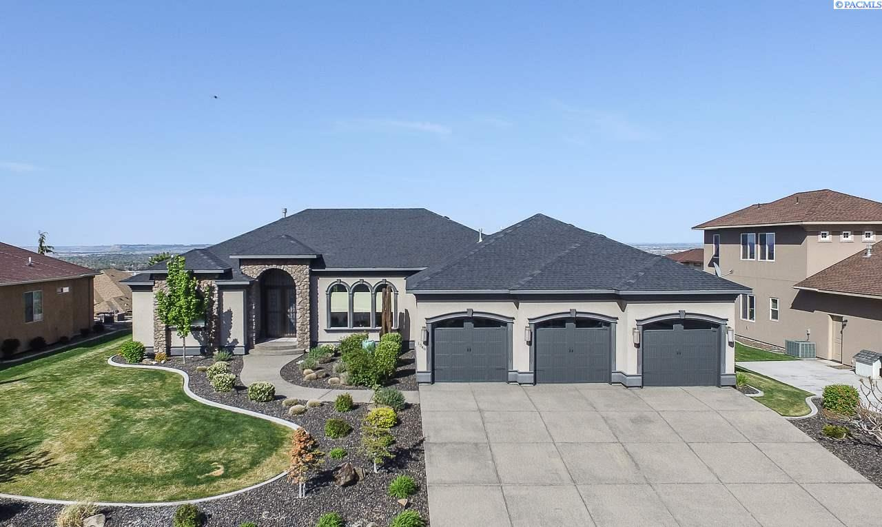 Single Family Home for Sale at 1348 Alla Vista Street 1348 Alla Vista Street Richland, Washington 99352 United States