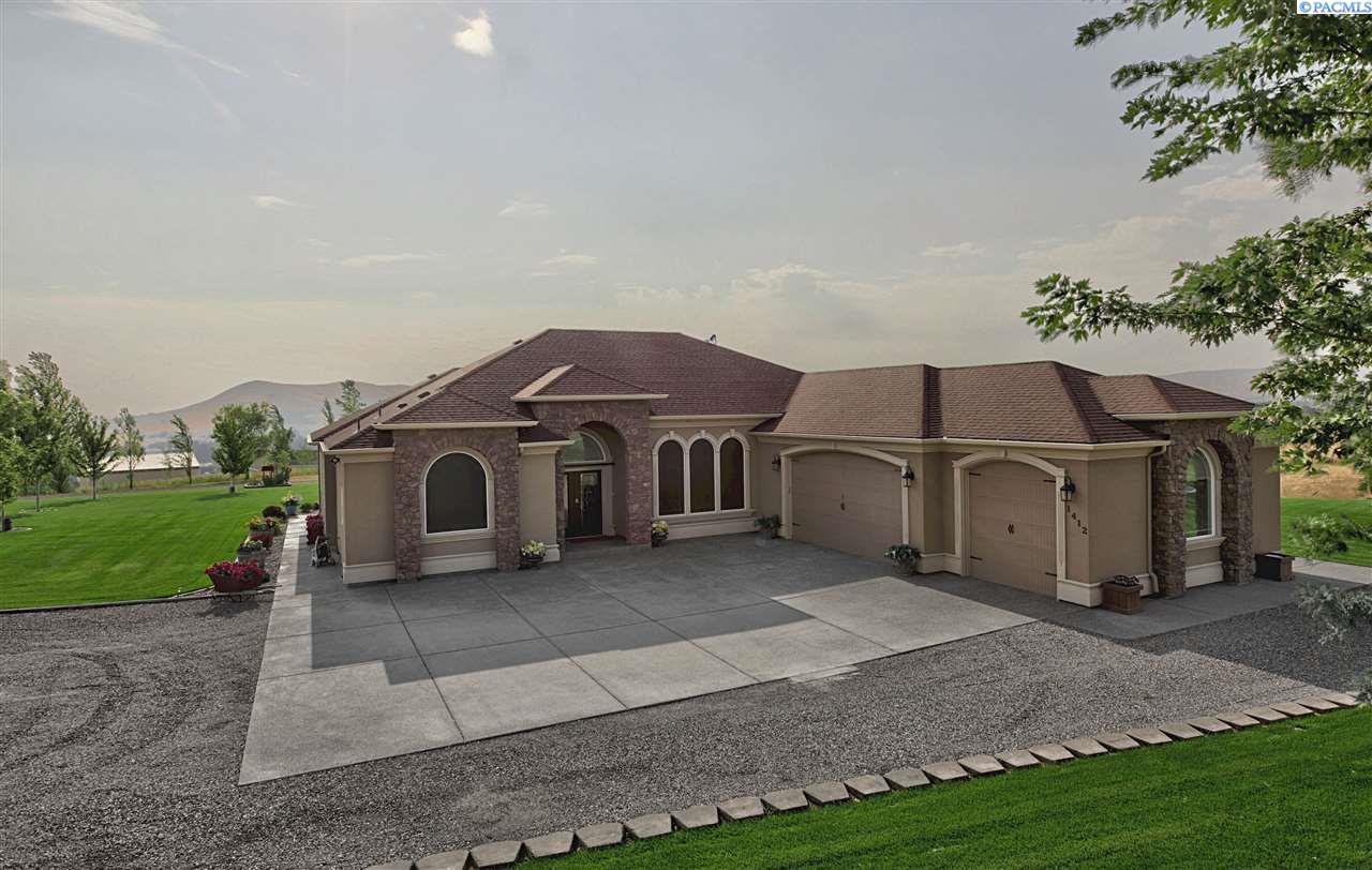 Single Family Home for Sale at 1412 W 682 Pr NW 1412 W 682 Pr NW Benton City, Washington 99320 United States