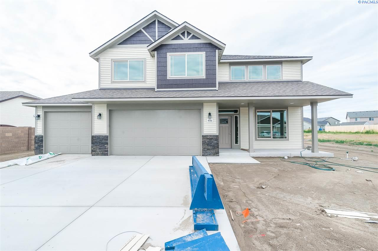 Single Family Home for Sale at 4205 NW Commons Drive 4205 NW Commons Drive Pasco, Washington 99301 United States