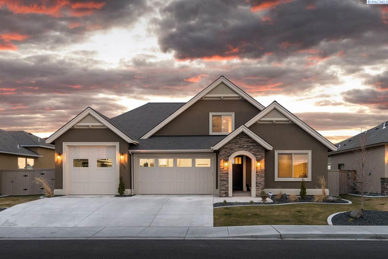 Single Family Home for Sale at 2260 Copperleaf Street 2260 Copperleaf Street Richland, Washington 99352 United States