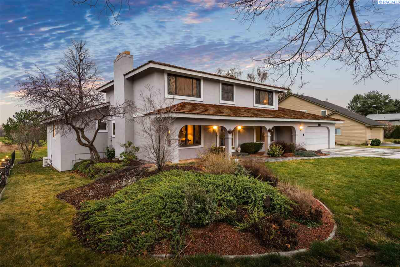 Single Family Home for Sale at 1962 Sheridan Place 1962 Sheridan Place Richland, Washington 99352 United States