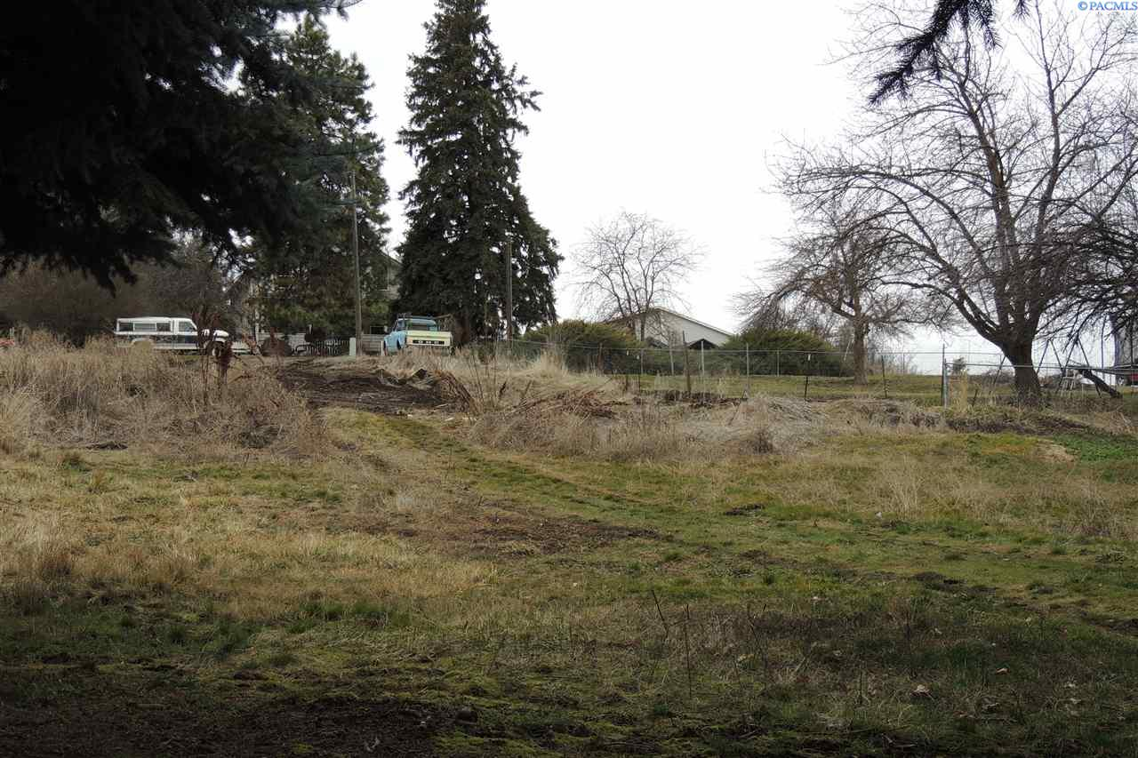 Land / Lots for Sale at 111 S High St 111 S High St Uniontown, Washington 99179 United States