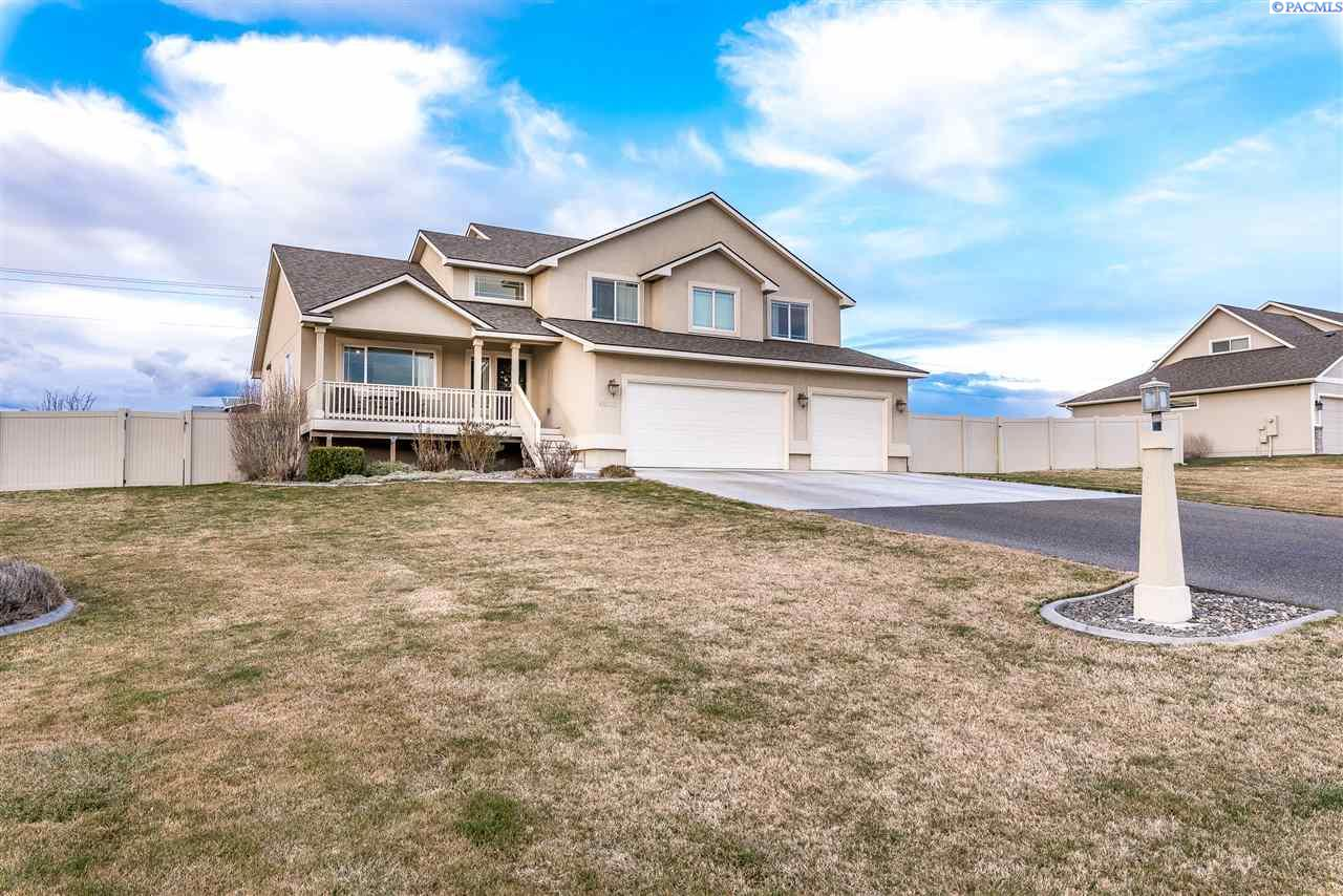 Single Family Home for Sale at 98112 Canyon View Drive 98112 Canyon View Drive Kennewick, Washington 99338 United States