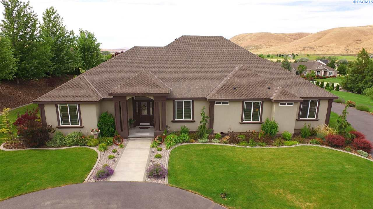 Single Family Home for Sale at 28306 S Country Meadow Lane 28306 S Country Meadow Lane Kennewick, Washington 99338 United States