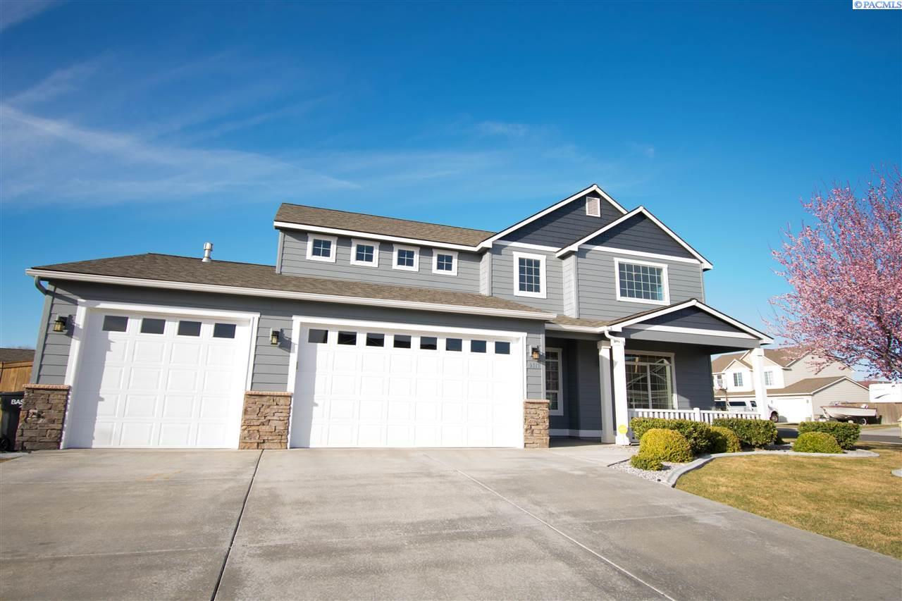 Single Family Home for Sale at 9317 Broughton Dr 9317 Broughton Dr Pasco, Washington 99301 United States