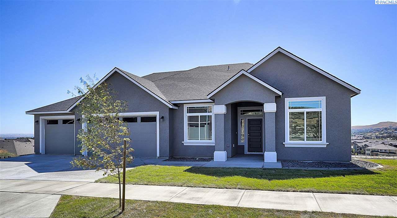 Single Family Home for Sale at 2947 S Kellogg St 2947 S Kellogg St Kennewick, Washington 99338 United States