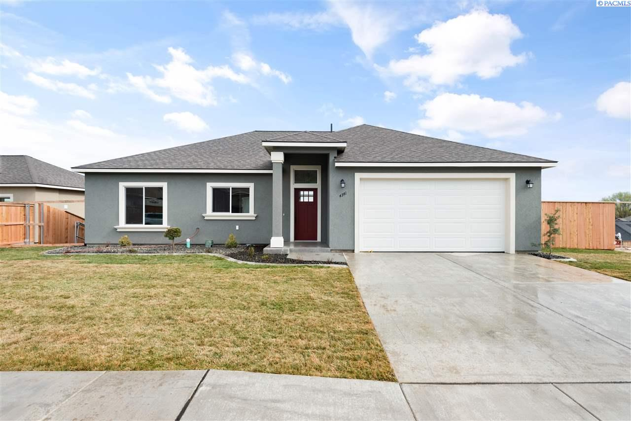 Single Family Homes for Sale at 4385 S Anderson Place Kennewick, Washington 99337 United States