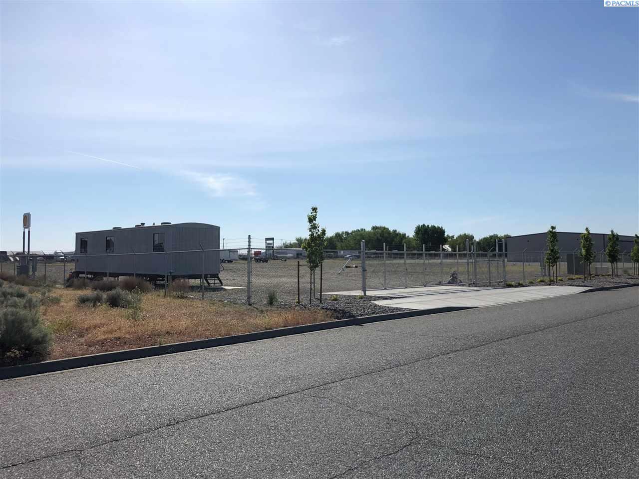 Land for Sale at 3335 Travel Plaza Way Pasco, Washington 99301 United States