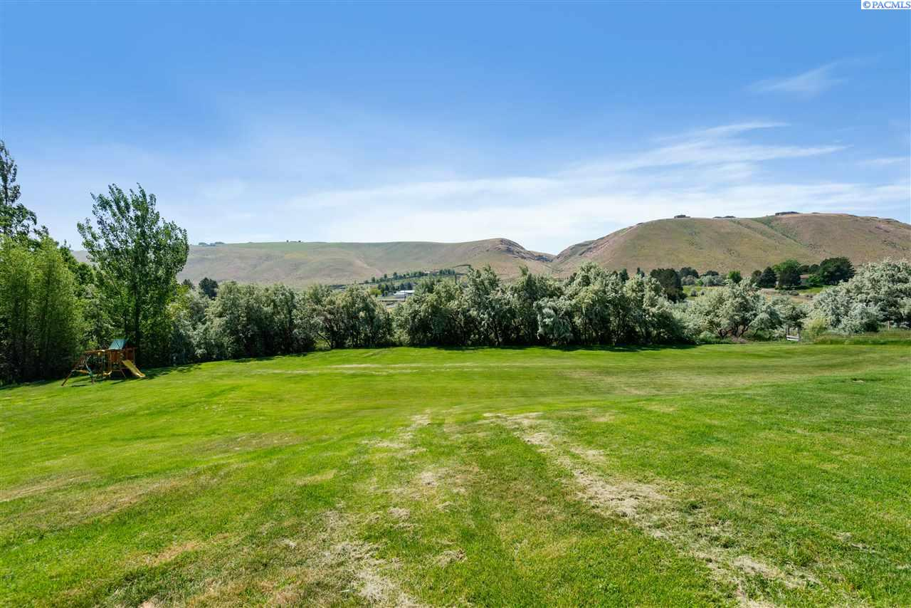 Additional photo for property listing at 27808 S 930 PRSE Kennewick, Washington 99338 United States