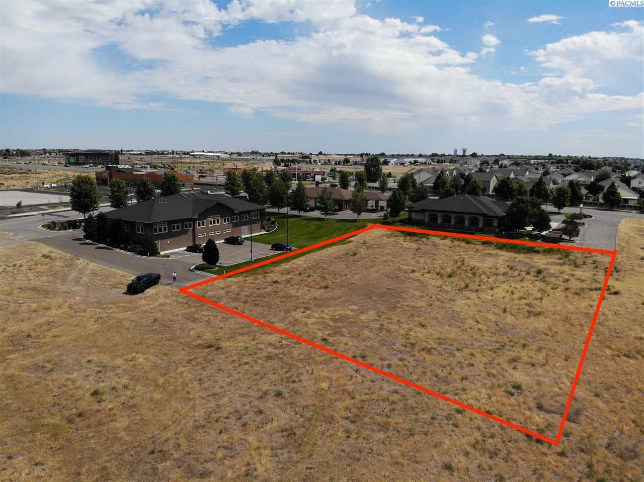 Land for Sale at tbd Broadmoor Pasco, Washington 99301 United States
