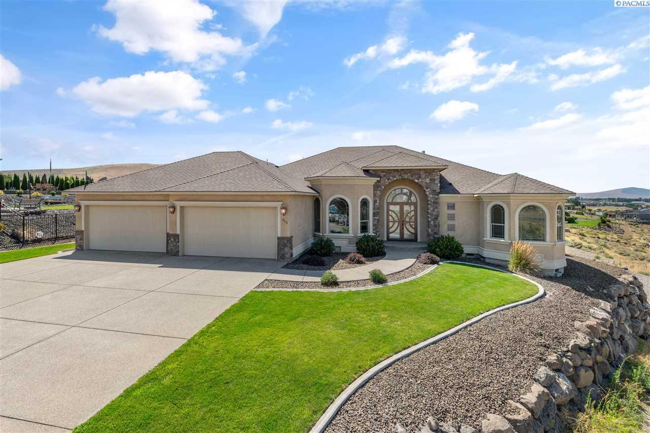 Single Family Homes for Sale at 962 Allenwhite Drive Richland, Washington 99352 United States