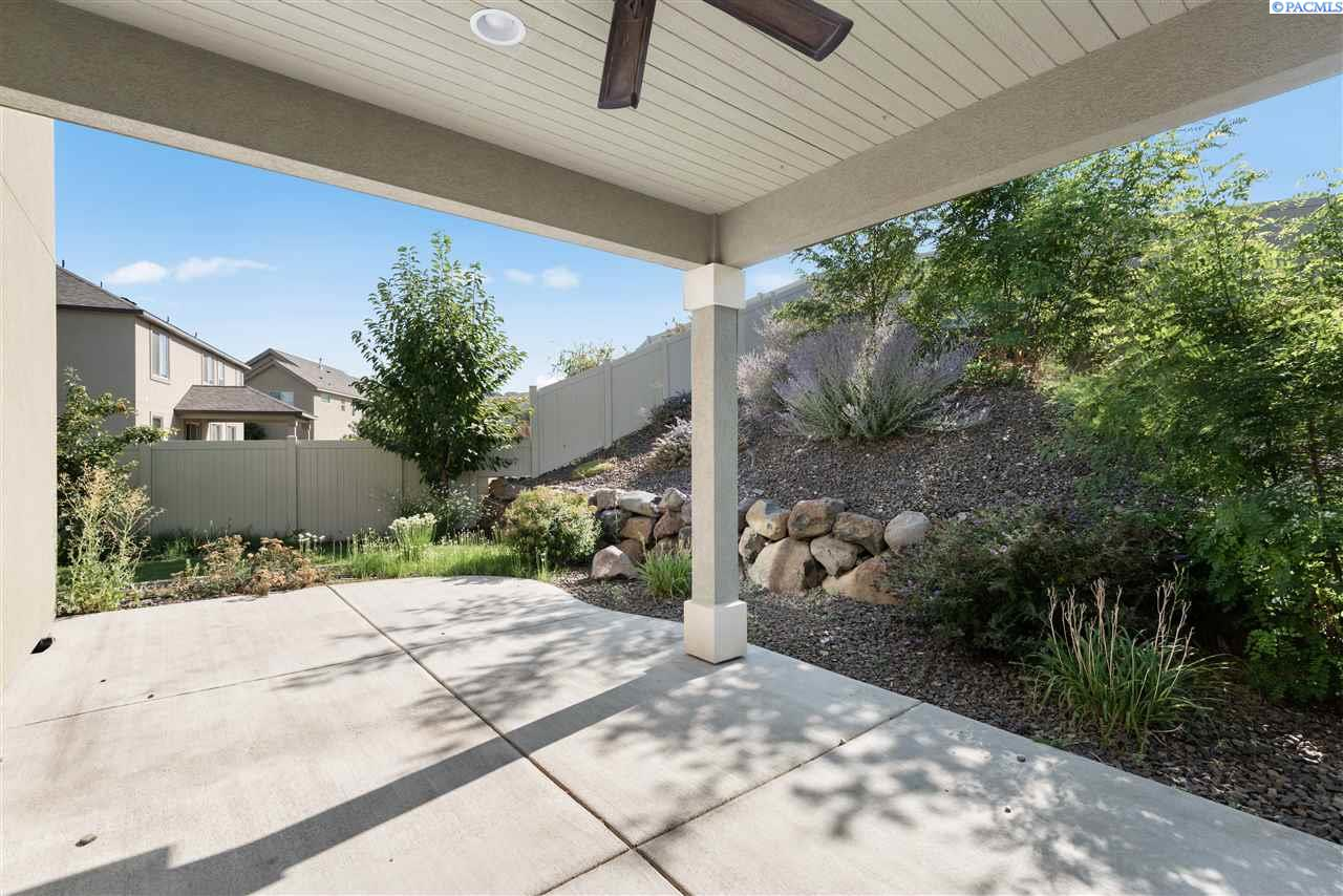 Additional photo for property listing at 1609 Molly Marie Avenue Richland, Washington 99352 United States