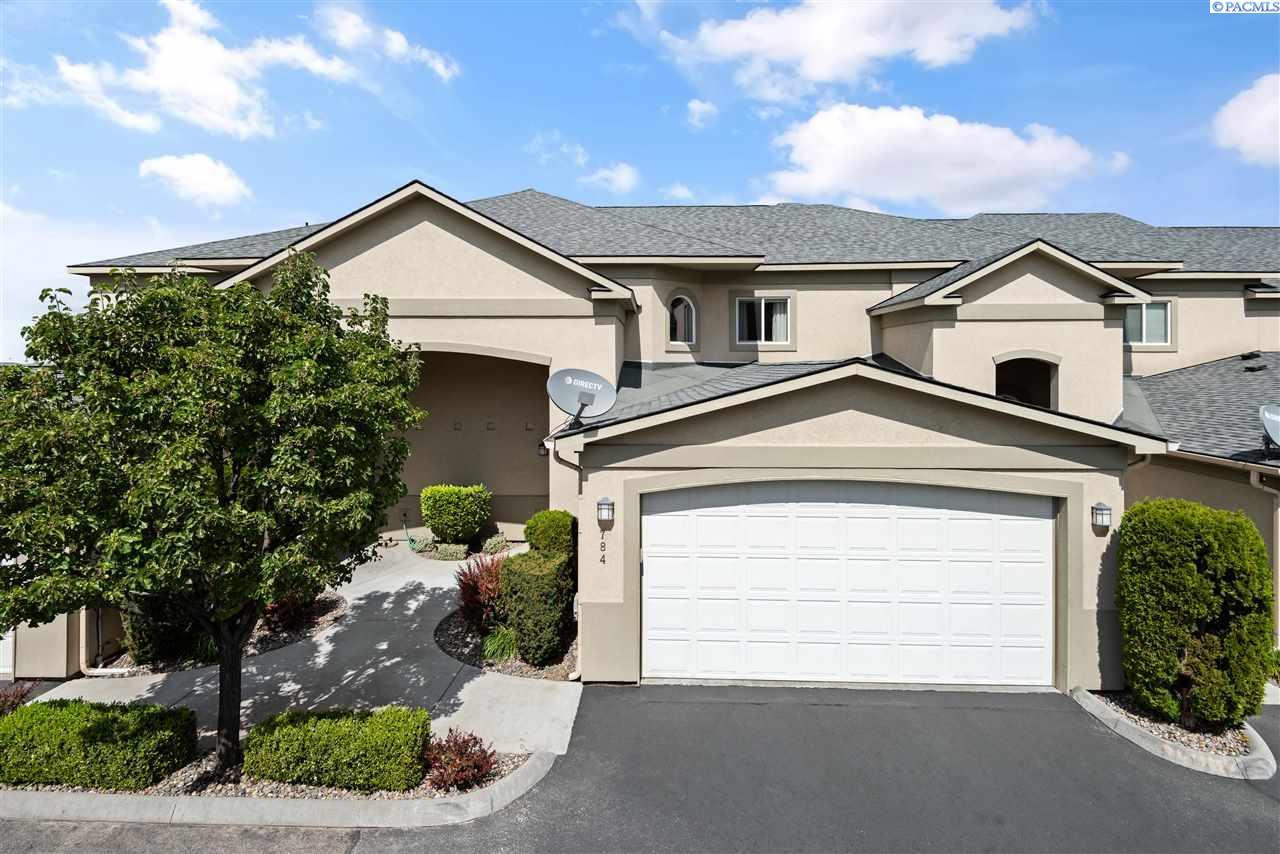 Single Family Homes for Sale at 784 Canyon Street Richland, Washington 99352 United States