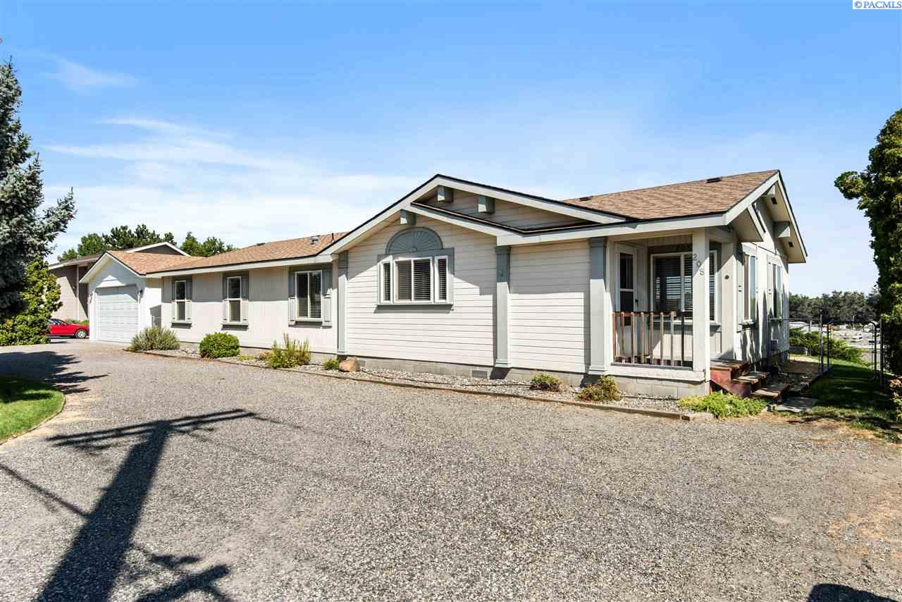 Manufactured Home for Sale at 208 Thayer Drive Richland, Washington 99352 United States