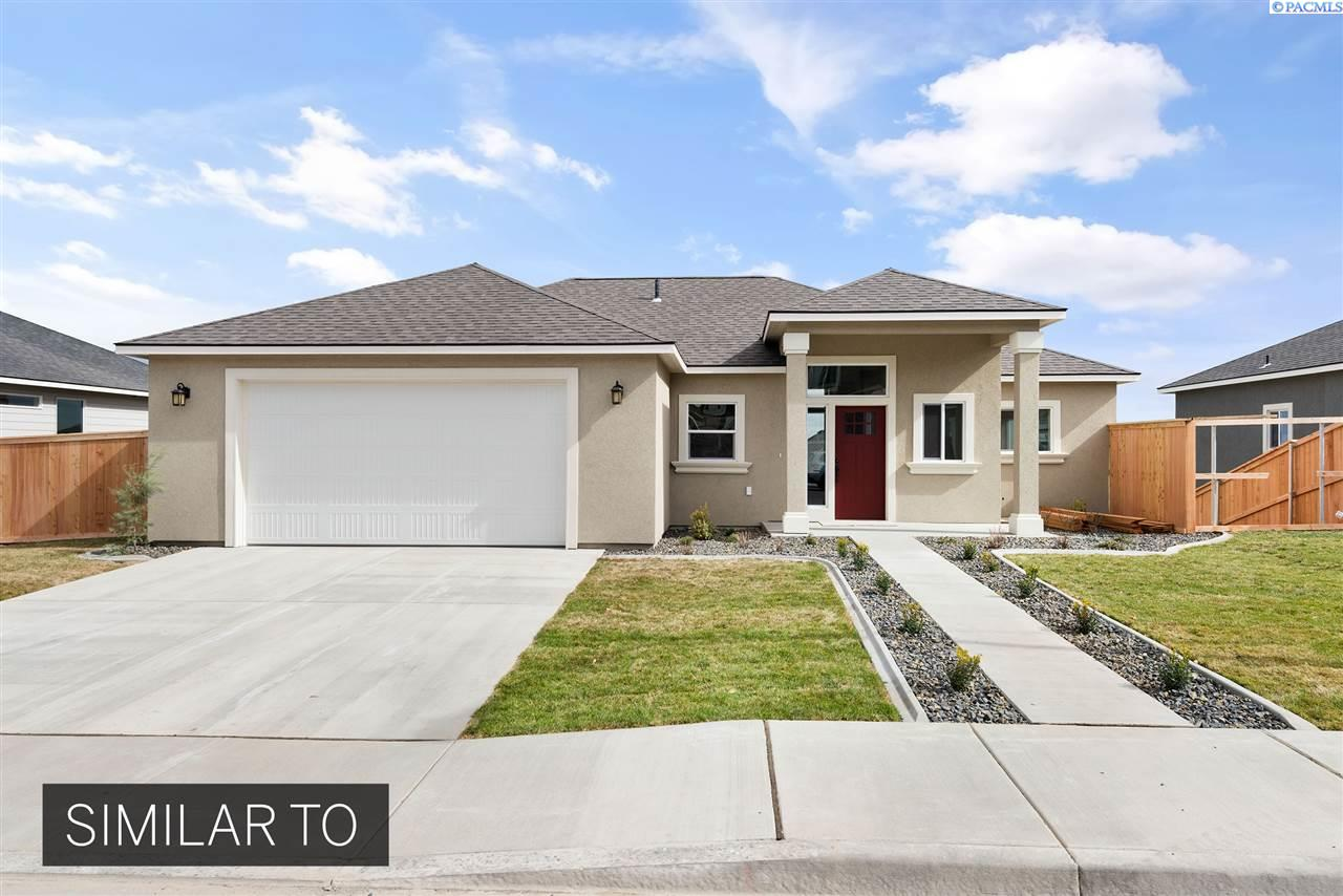 Single Family Homes for Sale at 4363 S Anderson Place Kennewick, Washington 99337 United States