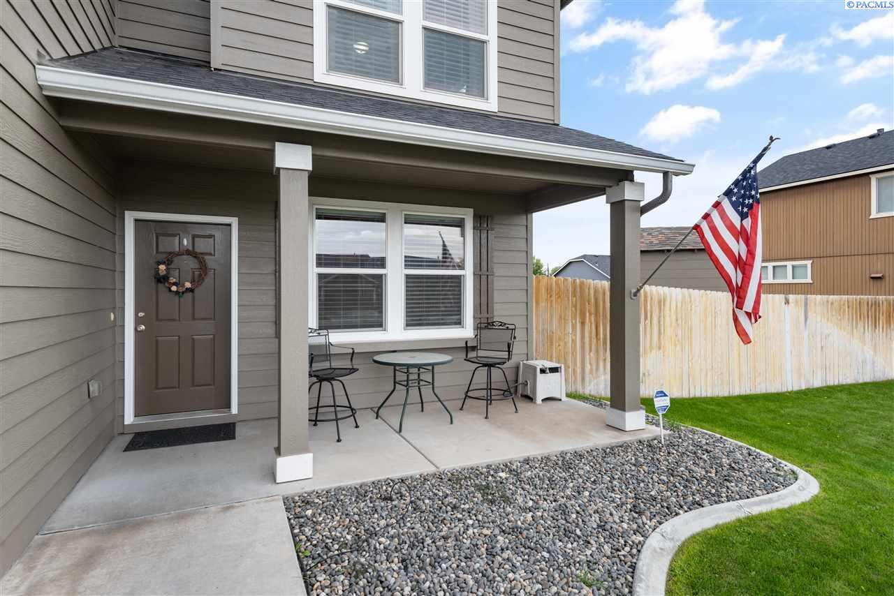Single Family Homes for Sale at 6208 Westport Lane Pasco, Washington 99301 United States