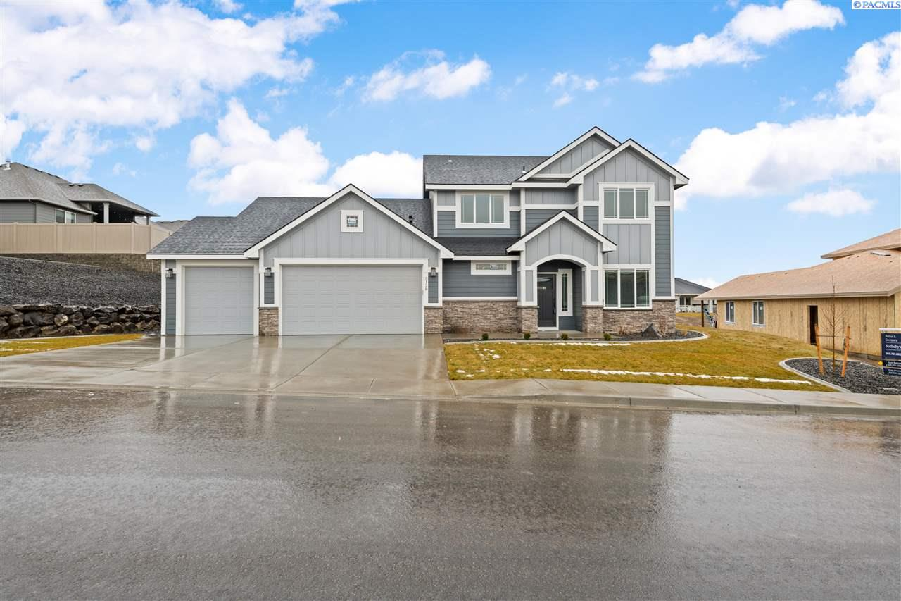 Single Family Homes for Sale at 3128 S Young Place Kennewick, Washington 99338 United States