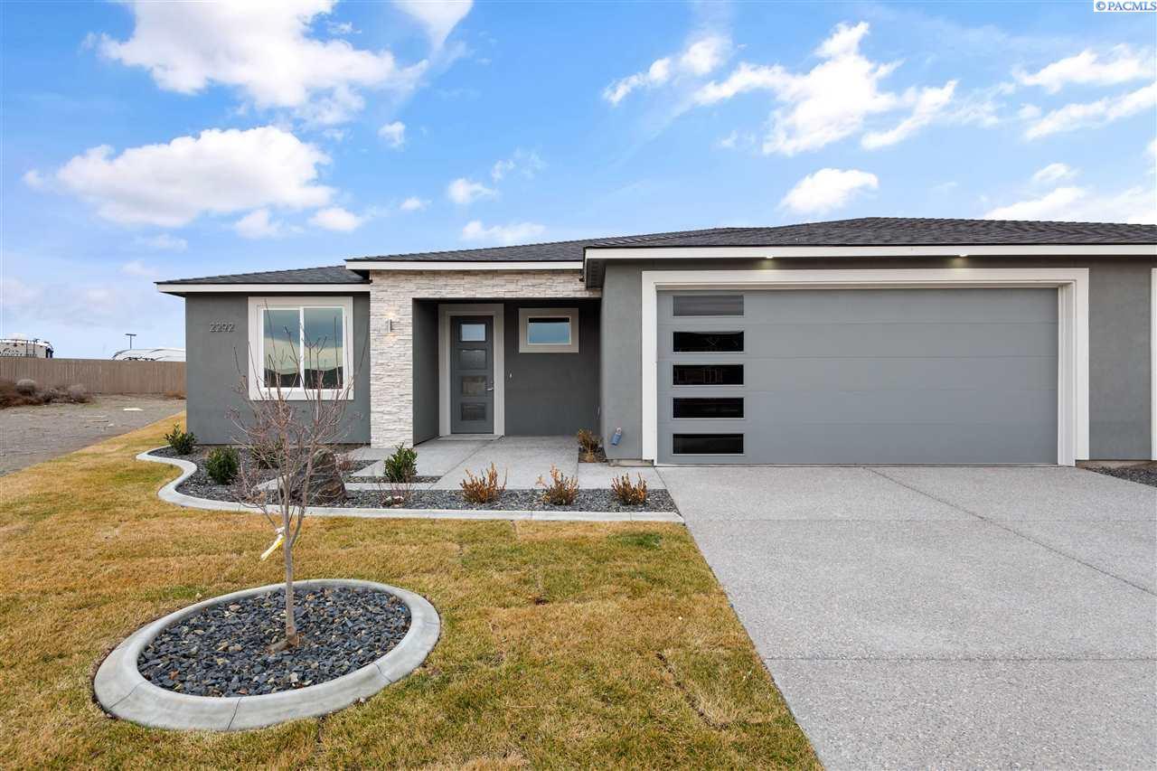 Single Family Homes for Sale at 2292 Veneto Street Richland, Washington 99354 United States
