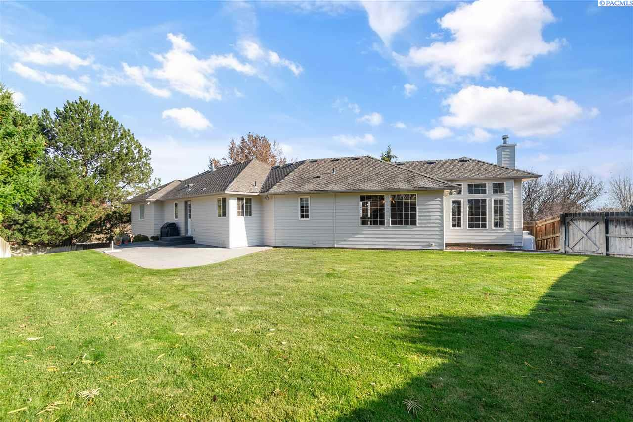 Additional photo for property listing at 4106 S Morain Place Kennewick, Washington 99337 United States
