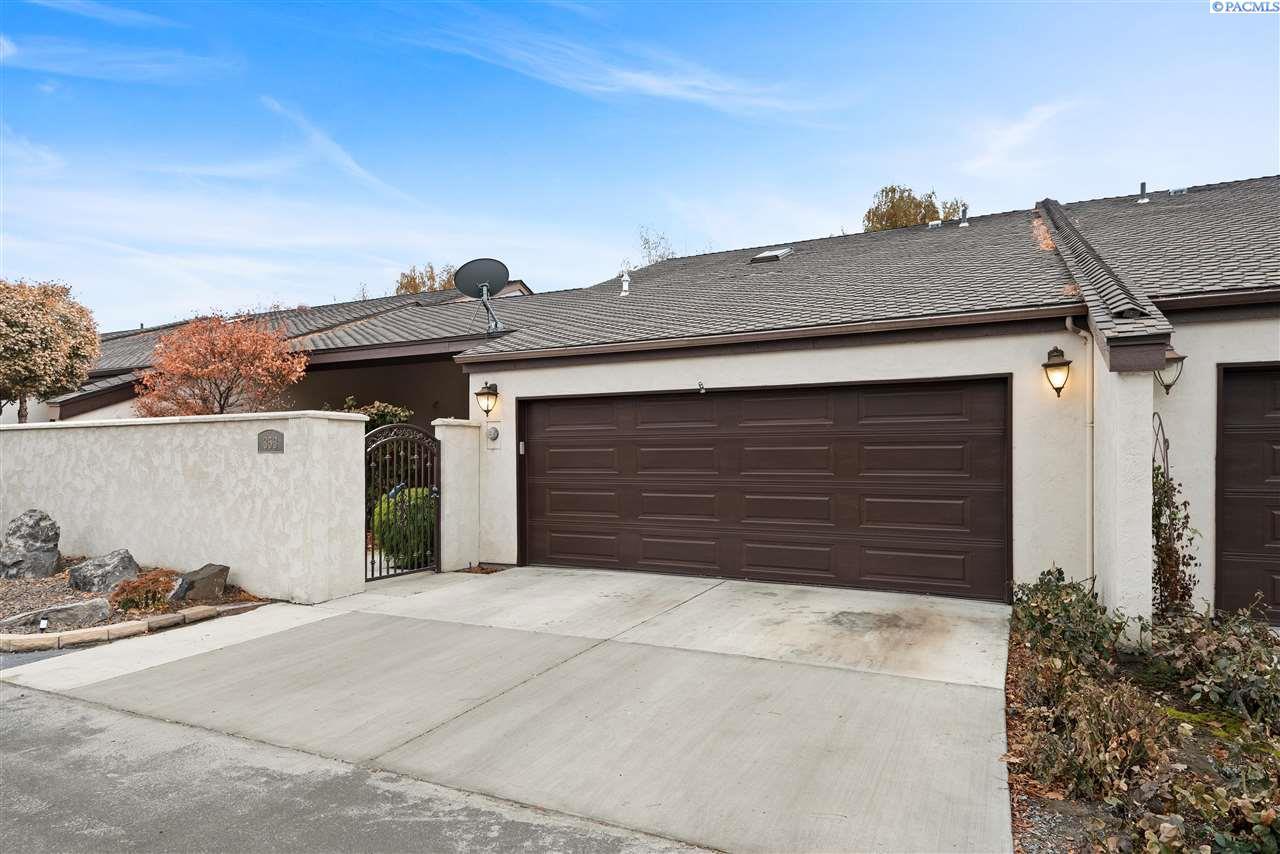 Condominiums for Sale at 353 Quailwood Place Richland, Washington 99352 United States