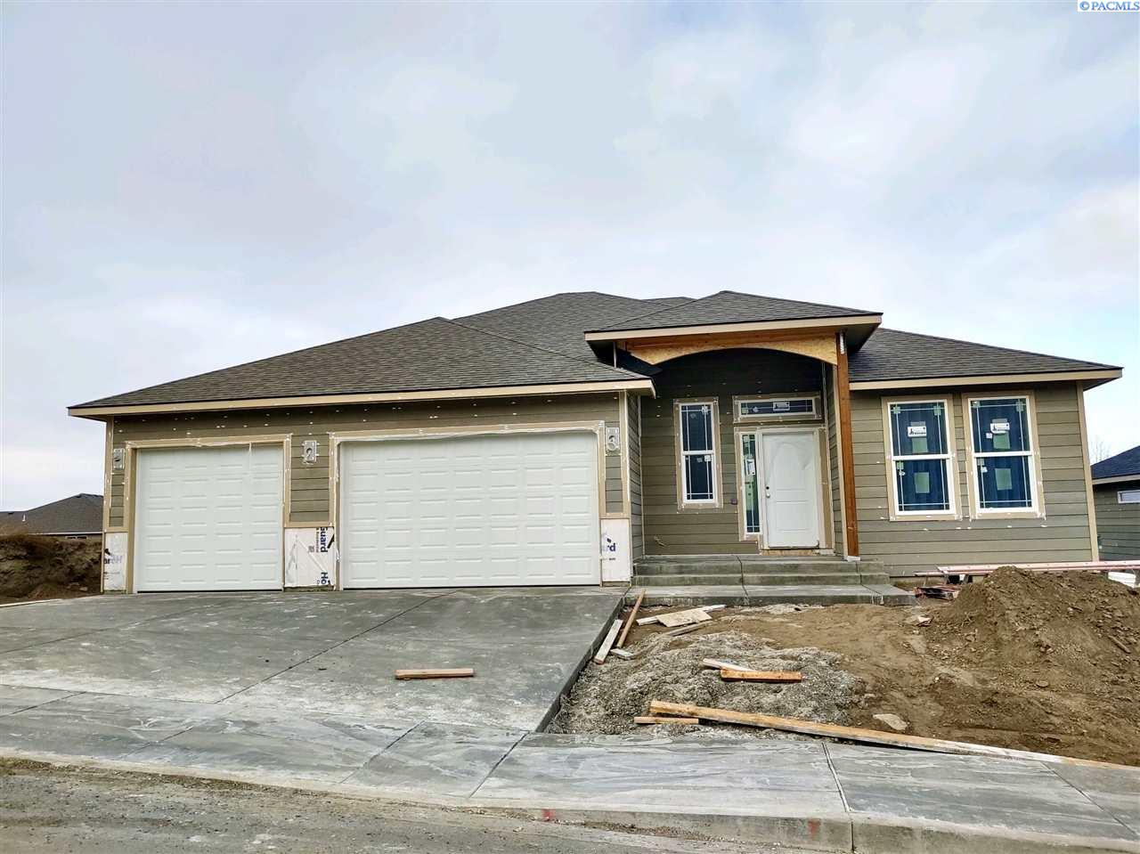 Single Family Homes for Sale at 2652 W 44th Place Kennewick, Washington 99337 United States