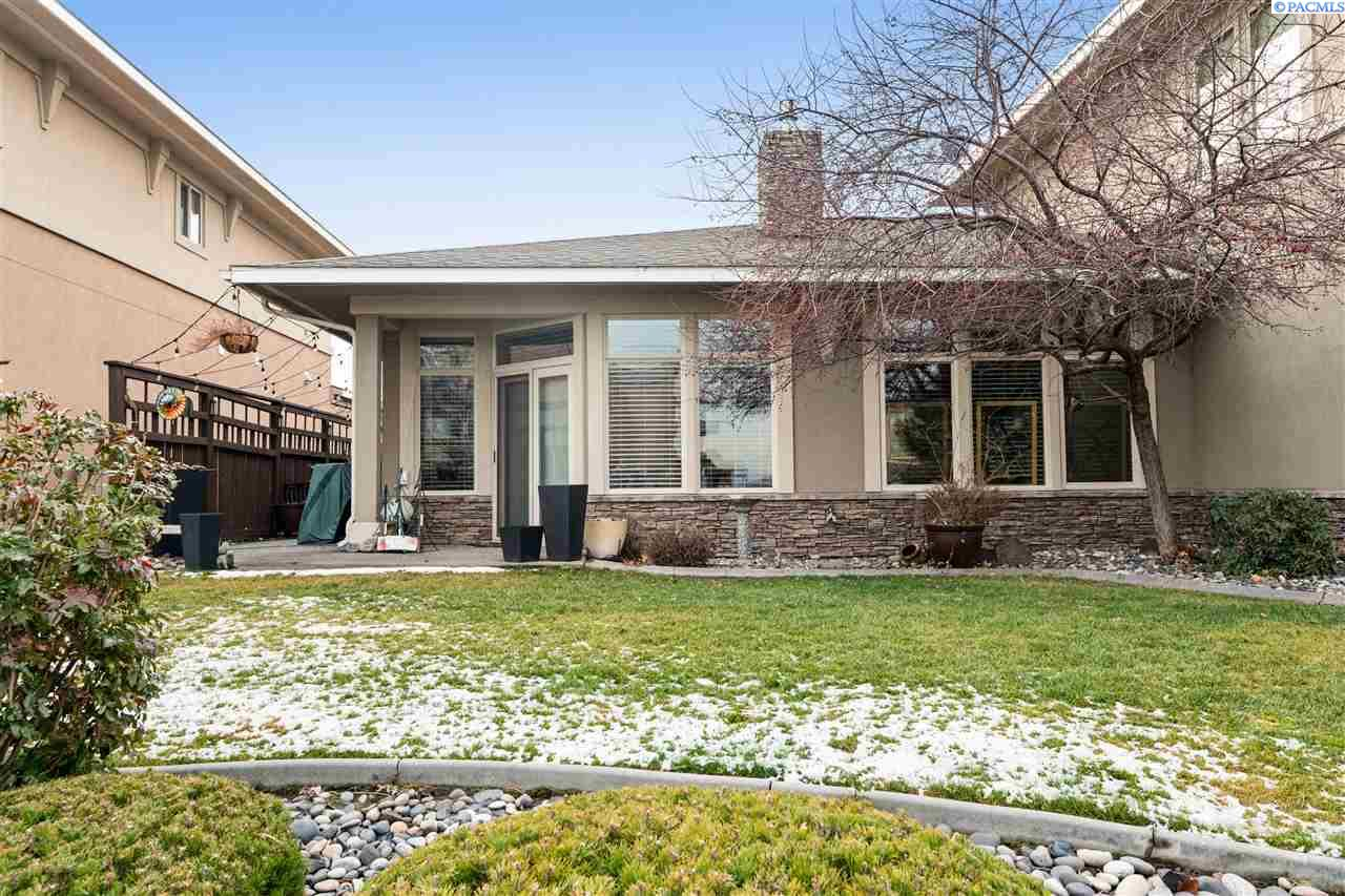 Condominiums for Sale at 471 Columbia Point Drive Richland, Washington 99354 United States