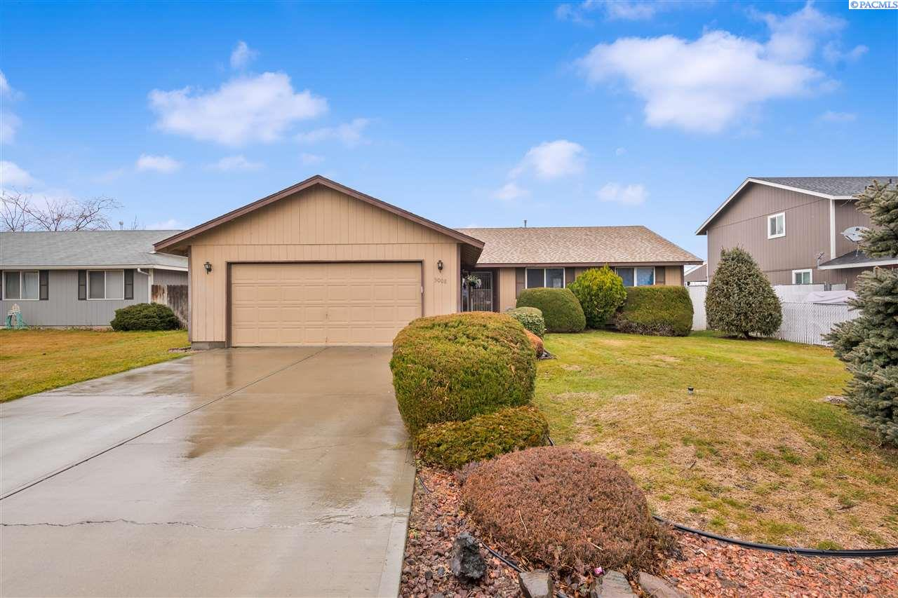 Single Family Homes for Sale at 5008 Cooperstown Lane Pasco, Washington 99301 United States