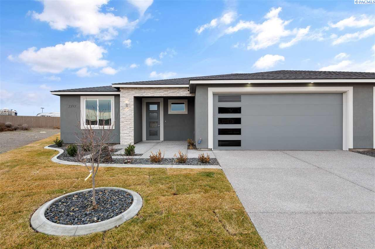 Single Family Homes for Sale at 2244 Veneto Street Richland, Washington 99354 United States