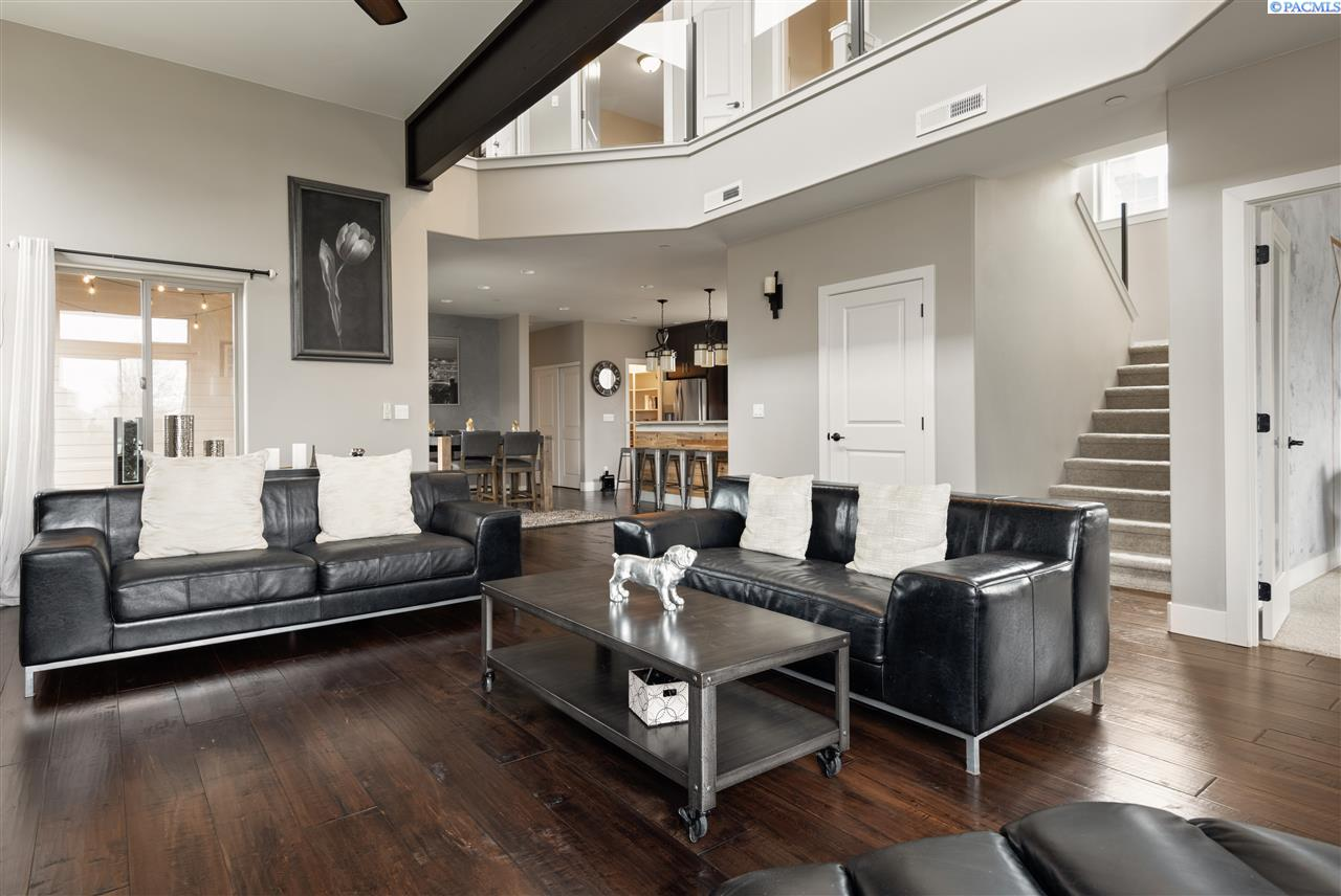 Additional photo for property listing at 4552 Corvina Street Richland, Washington 99354 United States