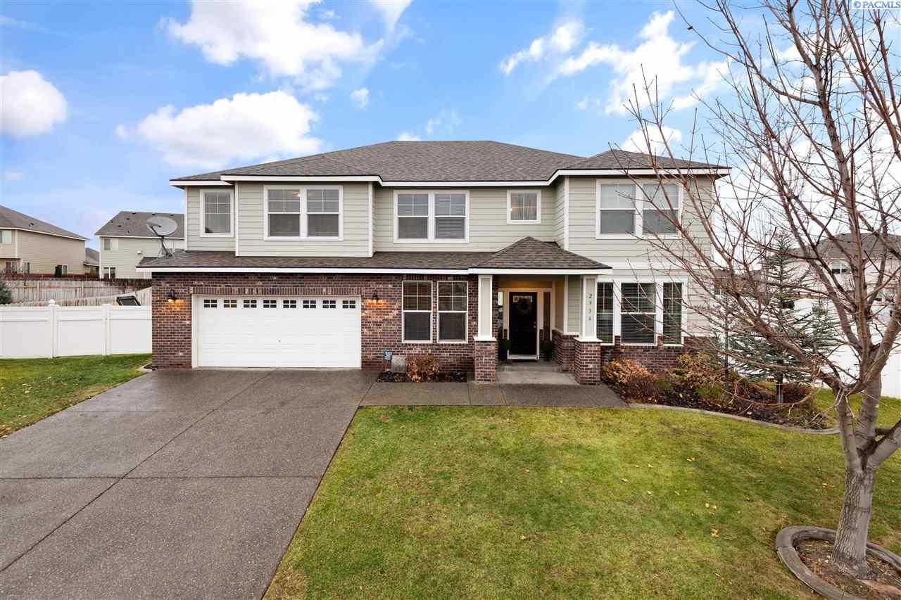 Single Family Homes for Sale at 2936 Rockcreek Court Richland, Washington 99354 United States