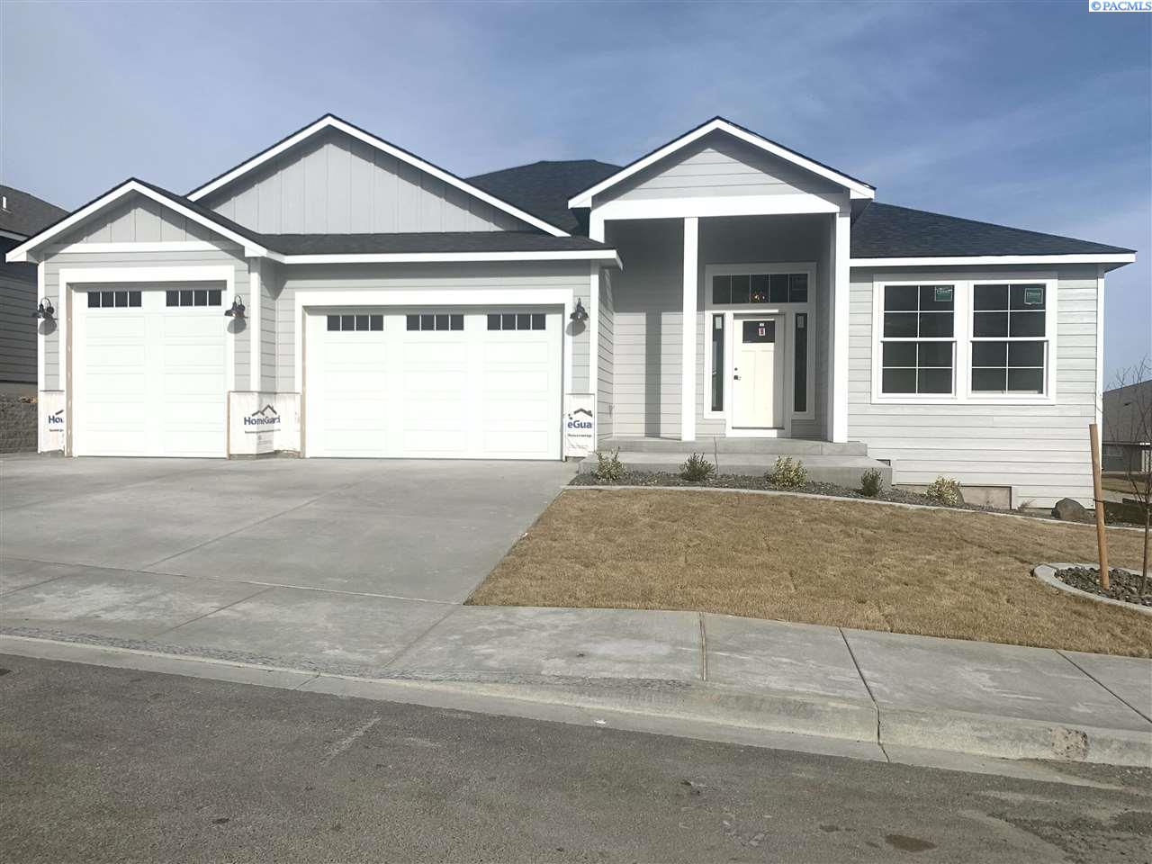 Single Family Homes for Sale at 2640 W 44th Place Kennewick, Washington 99337 United States