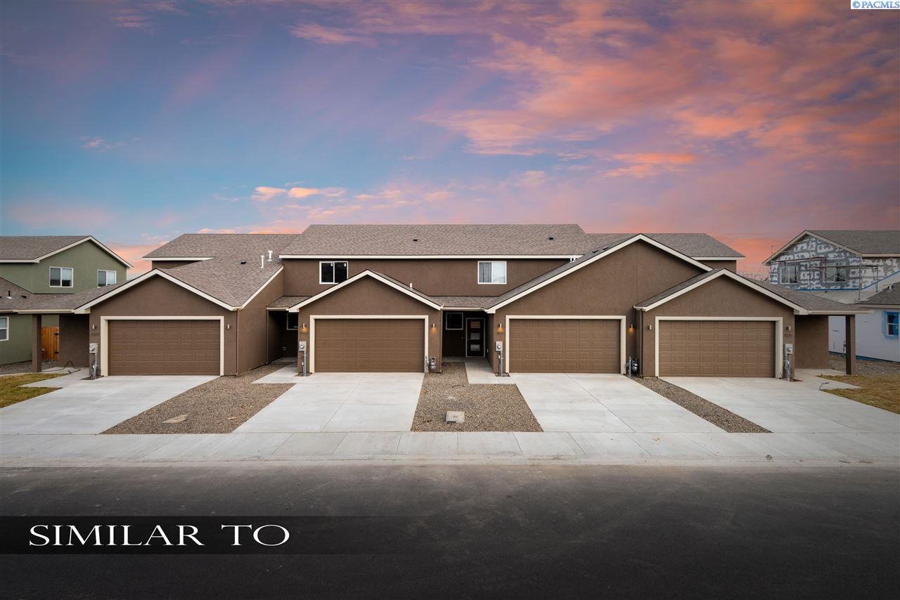 Single Family Homes for Sale at 1089 S Cedar Place Kennewick, Washington 99337 United States