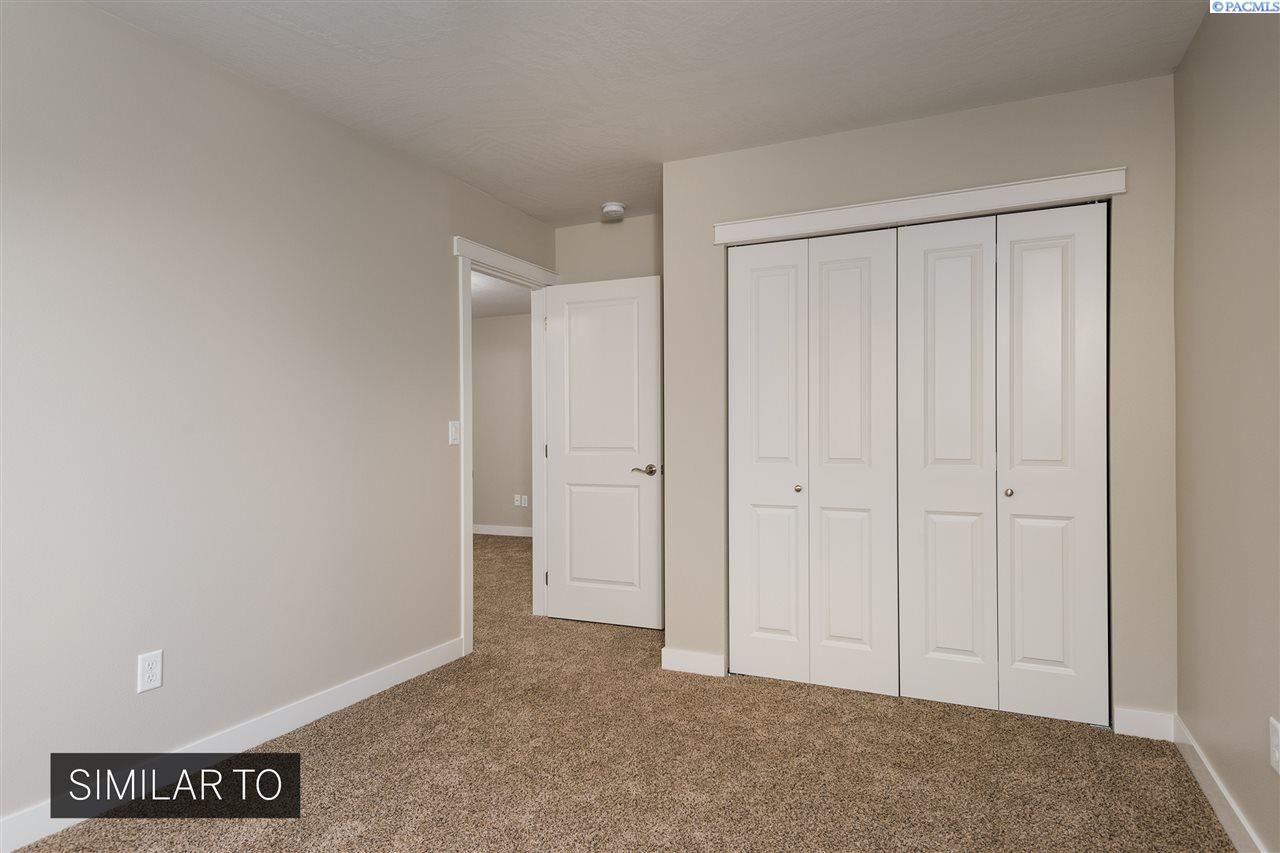Additional photo for property listing at 1057 S Cedar Pl Kennewick, Washington 99337 United States