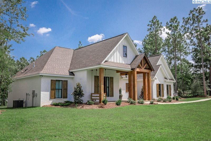 Single Family Homes for Sale at 5420 Hershey Lane West Richland, Washington 99353 United States