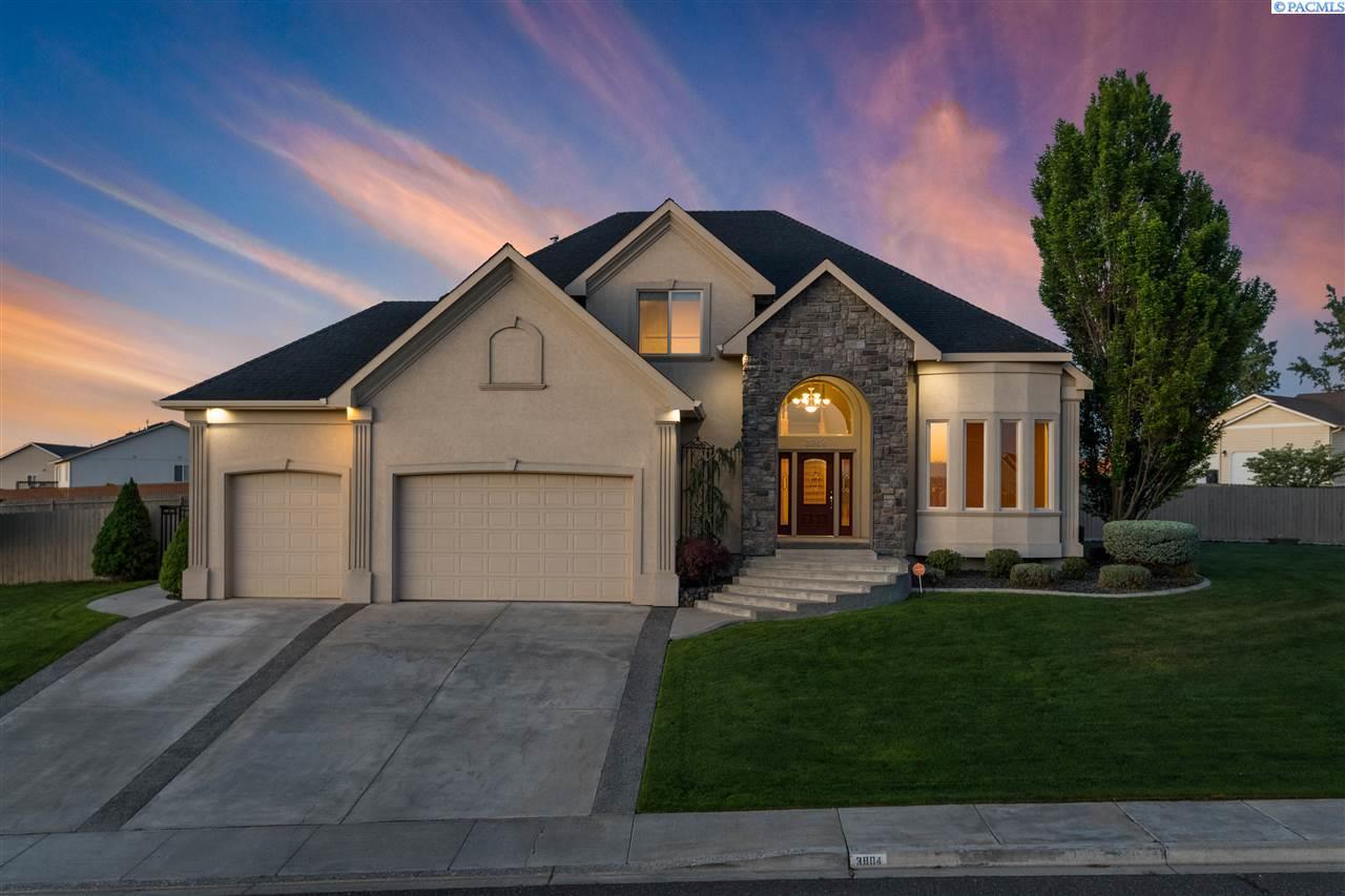 Single Family Homes for Sale at 3804 Tusayan Drive Pasco, Washington 99301 United States