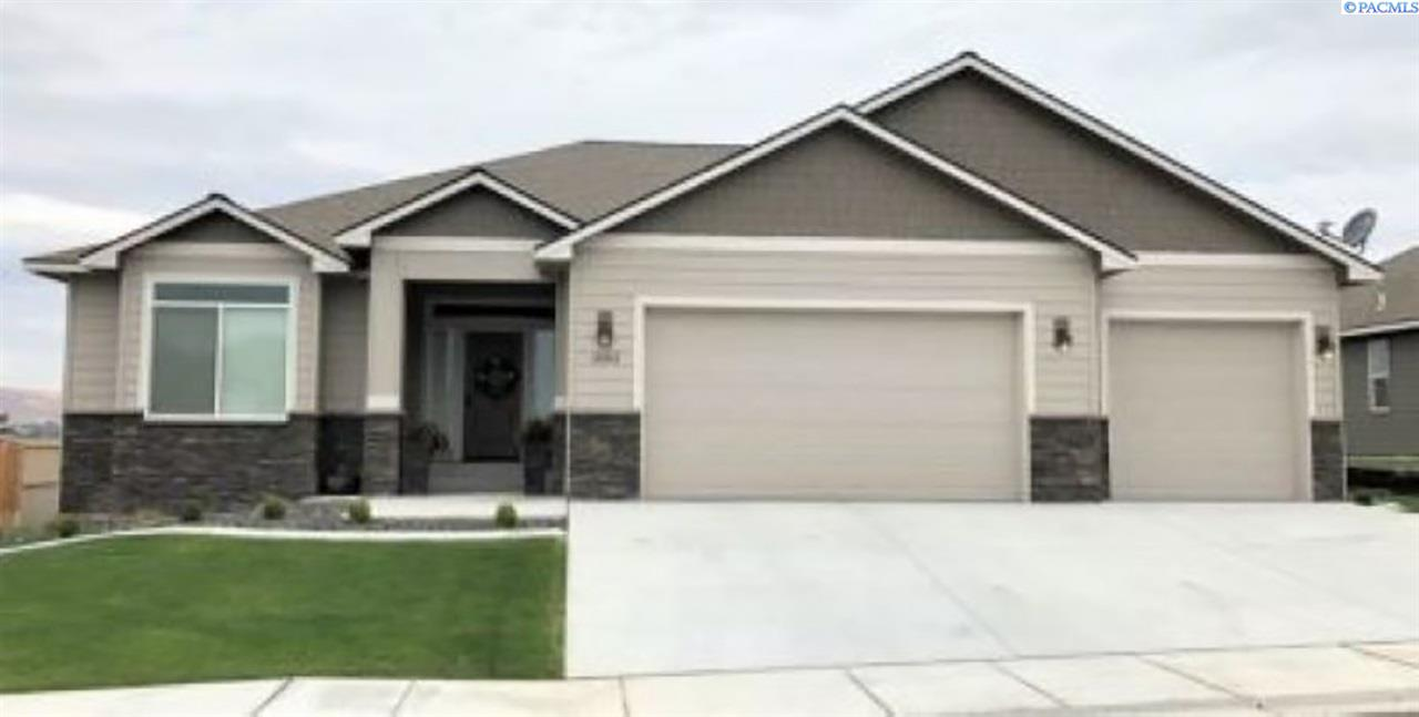 Property for Sale at 1711 S Dewberry Place Kennewick, Washington 99338 United States