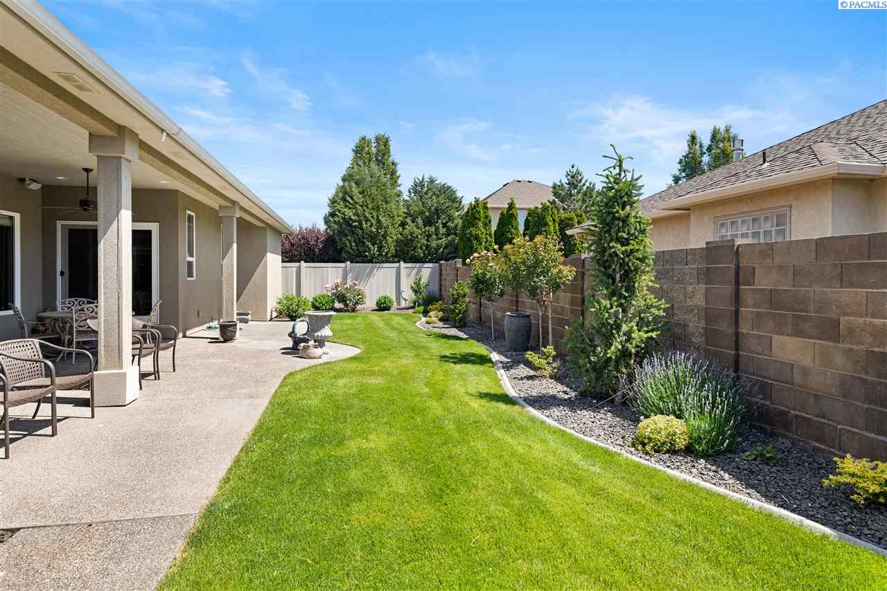 Additional photo for property listing at 4611 S Reed Street Kennewick, Washington 99337 United States
