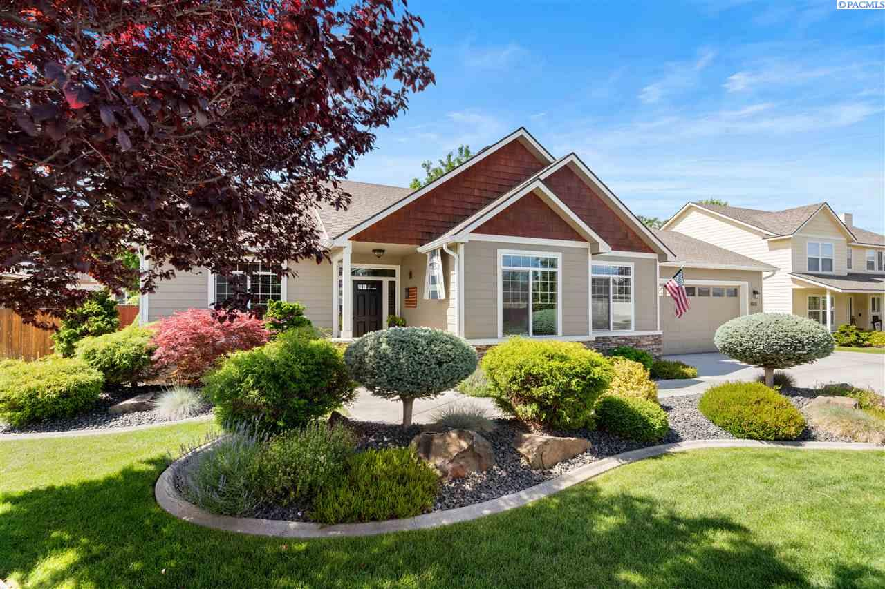 Single Family Homes for Sale at 8603 W 5th Avenue Kennewick, Washington 99336 United States