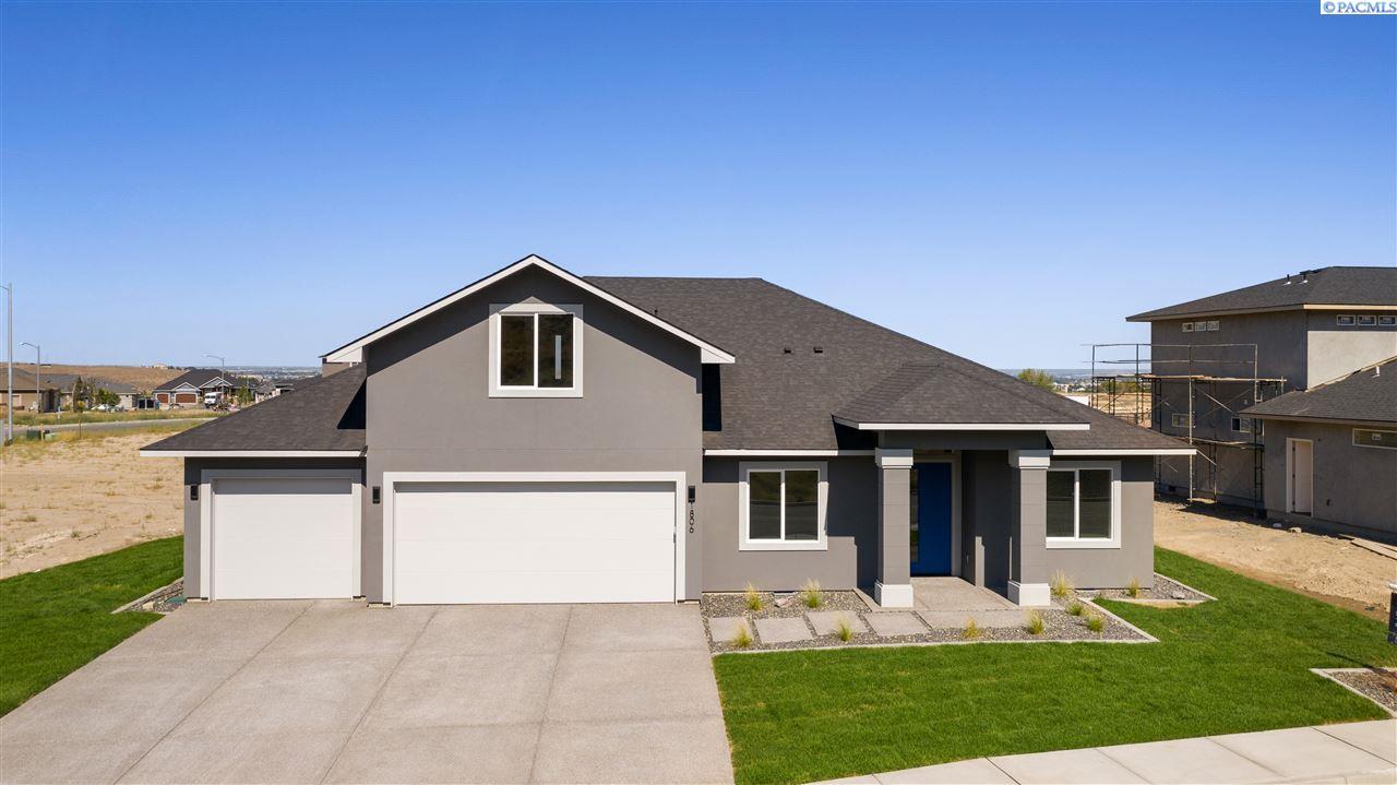 Single Family Homes for Sale at 1806 Sicily Lane Richland, Washington 99352 United States